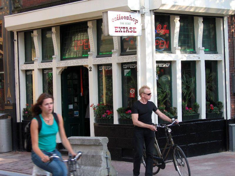 Голландия амстердам неприличный