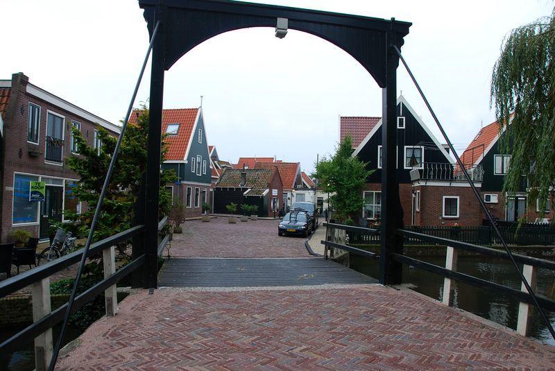 Волендам в Голландии
