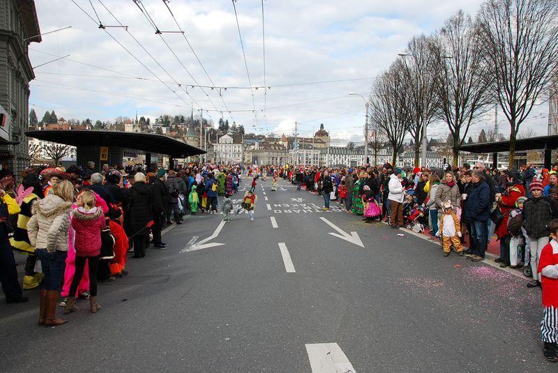Швейцария карнавальный парад